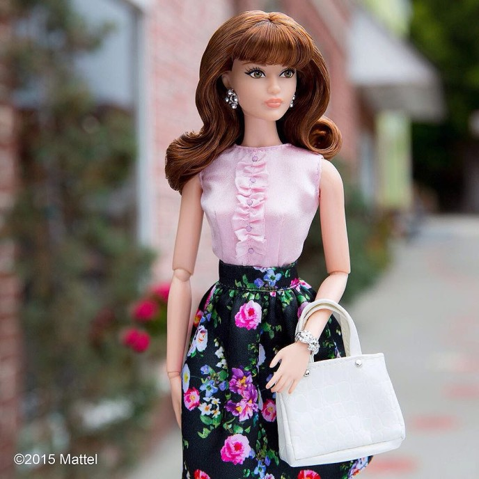 Fun florals and the perfect pink! #TheBarbieLook Collection offers outfit options for any style. Click my bio link to see more! ?? #barbie #barbiestyle