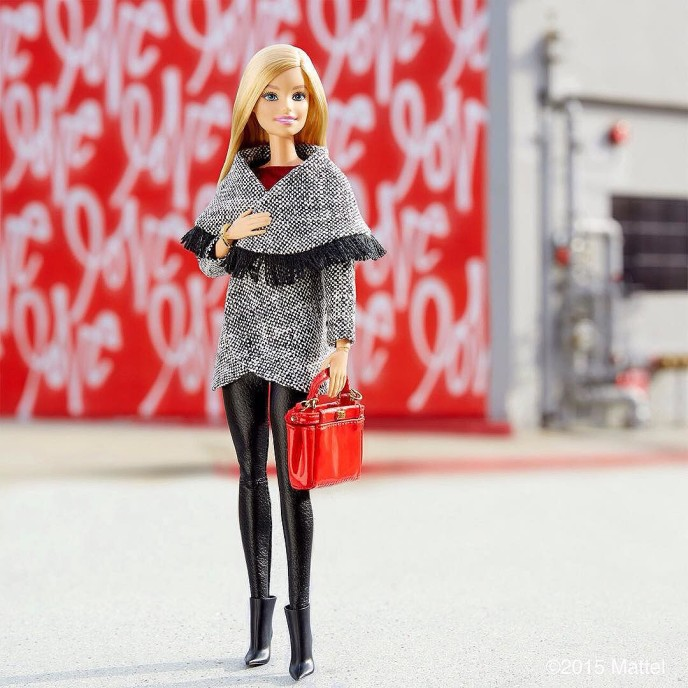 All you need is love! ?? #barbie #barbiestyle