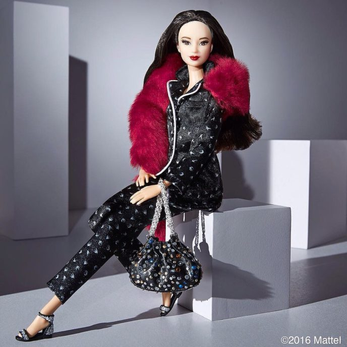?Barbie Models 6 Fashion Forward Looks? an exclusive @BarbieStyle x @YahooStyle editorial. Look by @soniarykiel. #barbieyahoostyle #barbie #barbiestyle