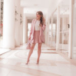 Look do Dia: Blaser e Saia Rosé